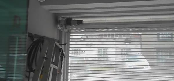 Reparación de portones arrollables y cortinas