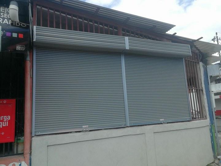 Instalación de cortina metálica de bajo precio
