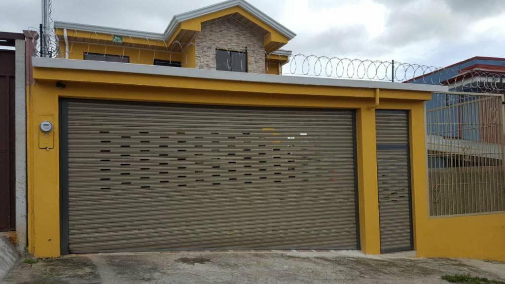 cortina metalica perforada para casas